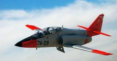 Efectivos del SAR y de la Guardia Civil se suman al rescate del avión de la AGA siniestrado a 1 km de la costa